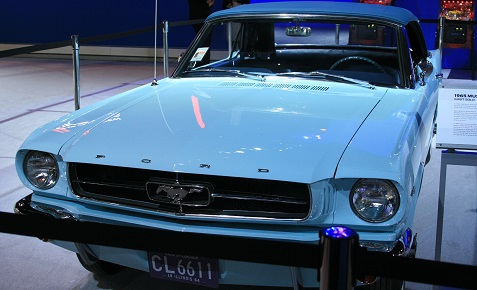 1965-ford-mustang-convertible-1