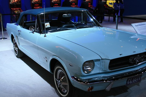1965-ford-mustang-convertible-4