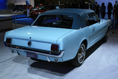 1965-ford-mustang-convertible-6