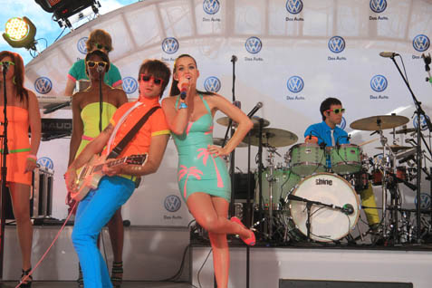 katy-perry-at-volkswagen-jetta-launch-2011-2