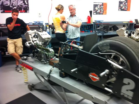 Maintenance to the V-rod drag bike
